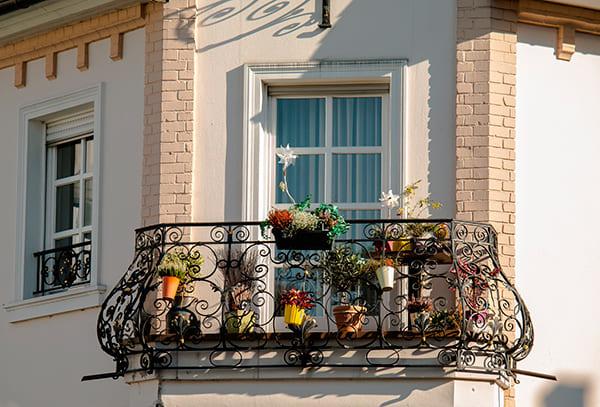 Las Ventajas De Las Barandillas Para Balcón